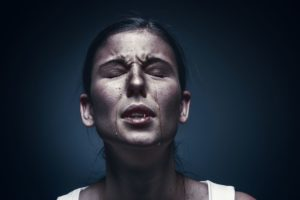 En el trauma se hace rígida la comunicación entre la mente y el cuerpo